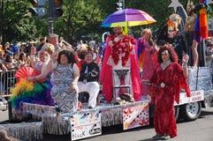 Queens de fricción en el desfile imagen de archivo libre de regalías