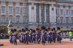 Queens Guards Musicians outside Buckingham Palace Royalty Free Stock Photography