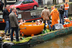 Queensdayvieringen in Amsterdam royalty-vrije stock afbeelding