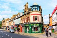 Queensferry街街道视图在爱丁堡 库存图片