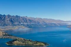 Queenstown du centre avec la gamme remarquable, île du sud, Nouvelle-Zélande photos stock