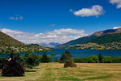 Queenstown and lake Wakatipu Royalty Free Stock Image