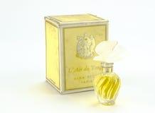 Queenstown, Zuid-Afrika, 04 December 2016: Uitstekende het parfumcirca 1976 van Nina Ricci Stock Foto