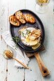 Queijo cozido do camembert Imagens de Stock Royalty Free