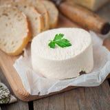 Queijo de cabra com pão Fotografia de Stock Royalty Free