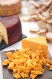 Queijo de queijo Cheddar cubado Imagens de Stock Royalty Free