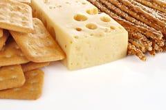 Queijo e biscoitos Foto de Stock
