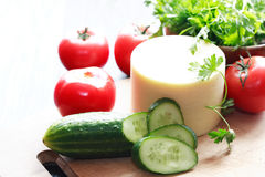 Queijo e vegetais Imagens de Stock Royalty Free