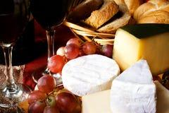 Queijo e vinho Imagem de Stock