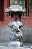 Queimador de incenso budista com Fotos de Stock