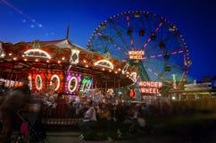 Queira saber rodam dentro Coney Island Luna Park, Brooklyn, New York imagem de stock