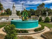 Quel Wat Phoun Temple Grounds, Vientiane Laos Scala con le sculture del Naga immagine stock