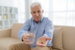 Quelles pilules à prendre Image libre de droits
