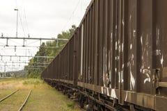 Quelques chariots d'un train de cargaison Image libre de droits