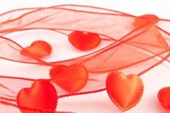Quelques coeurs rouges illustration de vecteur