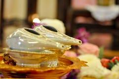 Quelques coquilles de trompette, employant comme partie du mariage thaïlandais traditionnel images stock