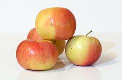 Quelques pommes rouges Photo stock