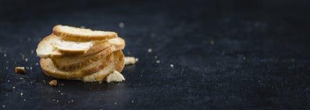 Quelques puces cuites au four fraîches de pain Photos libres de droits