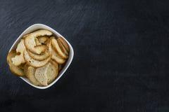 Quelques puces cuites au four fraîches de pain Image stock