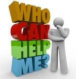 Quem pode me ajudar homem do pensador que precisa o apoio ao cliente Foto de Stock