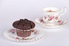 Queque & um copo do chá Fotografia de Stock