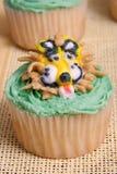 Queque creativo delicioso do leão Fotos de Stock Royalty Free