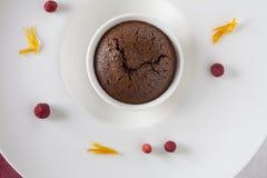 Queque do chocolate com forquilha Fotografia de Stock Royalty Free