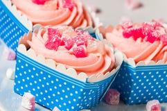 Queques consideravelmente cor-de-rosa Imagem de Stock Royalty Free