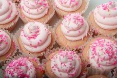 Queques cor-de-rosa da limonada fotografia de stock