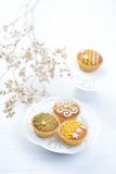 Queques decorados deliciosos Fotos de Stock