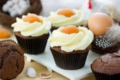 Queques do ovo da páscoa Imagens de Stock