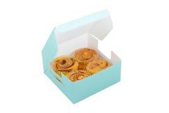Queques doces na caixa Fotografia de Stock Royalty Free