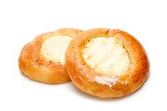 Queques frescos dos bolos com queijo para o pequeno almoço Imagem de Stock Royalty Free
