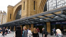 Quer-London Vereinigtes Königreich internationalen Königs St Pancras stock footage