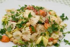 Querbinder-Teigwaren-Salat Stockfotografie