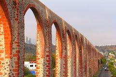 Queretaro akvedukt III Arkivfoton