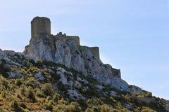 Queribus kasztel Languedoc Roussillon, Francja zdjęcie stock
