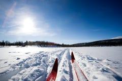 Querland-Skifahren Lizenzfreie Stockfotos
