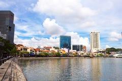 Querneigung von Singapur-Fluss Stockfoto
