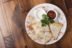 Quesadilla med nötkött och höna Royaltyfria Foton