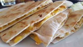 quesadillas κοτόπουλου τυριών Στοκ εικόνα με δικαίωμα ελεύθερης χρήσης