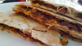 quesadillas τσίλι con carne Στοκ Εικόνες