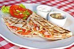 Quesadillas цыпленка и чеддера барбекю Стоковое Фото