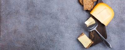 Queso de Gouda delicioso imagen de archivo libre de regalías