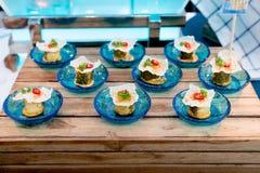 Queso de soja de los pescados con la salsa de tom yum, comida del cóctel fotos de archivo libres de regalías