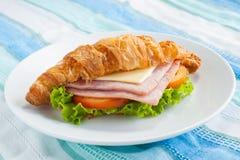 Queso del jamón del Croissant Imagenes de archivo