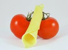 Tomates y queso imágenes de archivo libres de regalías