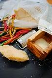 Queso parmesano Queso de parmesano rallado Olive Wood Parmesan Che Fotografía de archivo