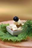 Queso y aceitunas de queso Feta fotografía de archivo libre de regalías