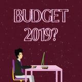 Question du budget 2019 d'écriture des textes d'écriture Évaluation de signification de concept des revenus et dépenses pour  illustration stock